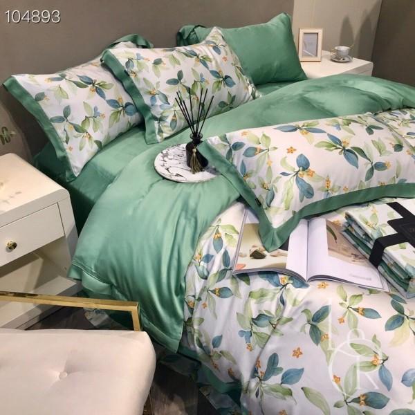 Нефритово-белый комплект постельного из тенселя Цветущие ветви