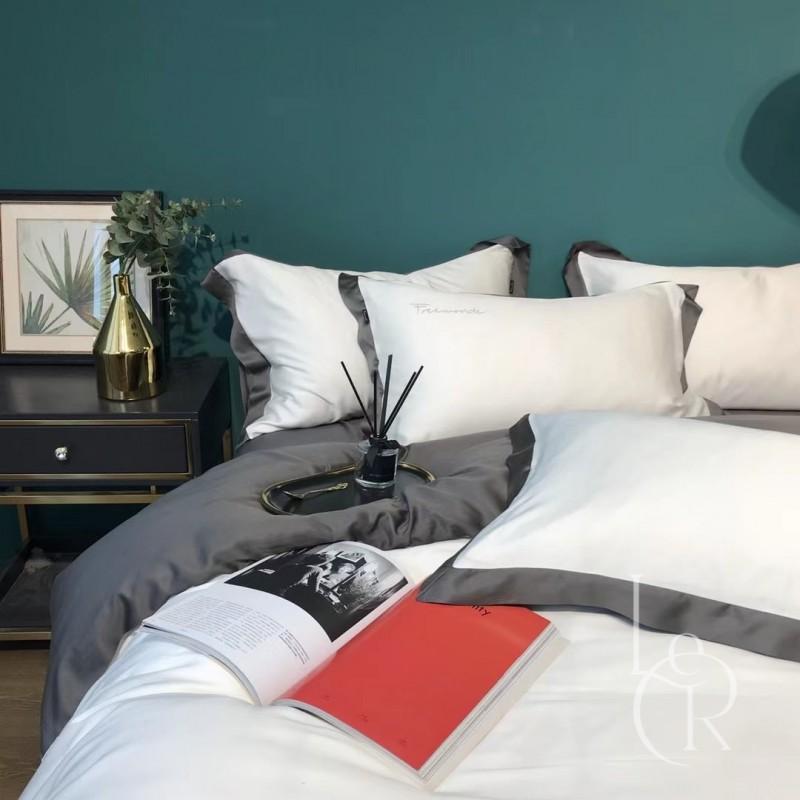 Бело-антрацитовый комплект постельного из тенселя с контрастным кантом