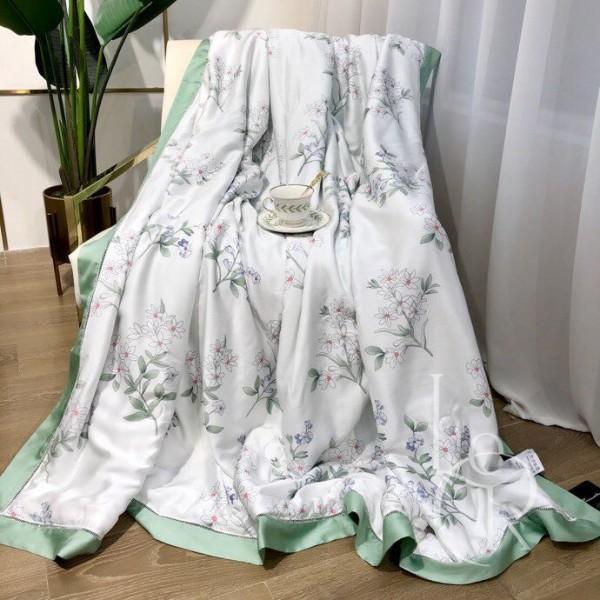 Летнее одеяло Тенсель (Эвкалипт) Бело-мятное с цветочками
