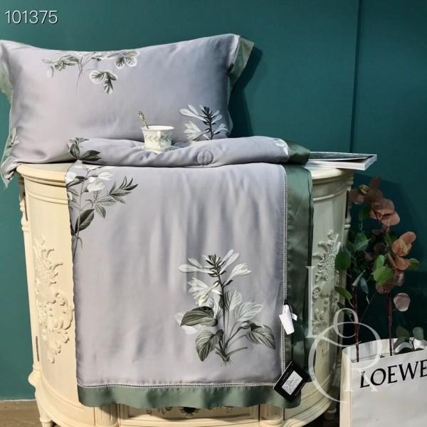 Летнее одеяло Тенсель (Эвкалипт) Серо-зеленое с цветами