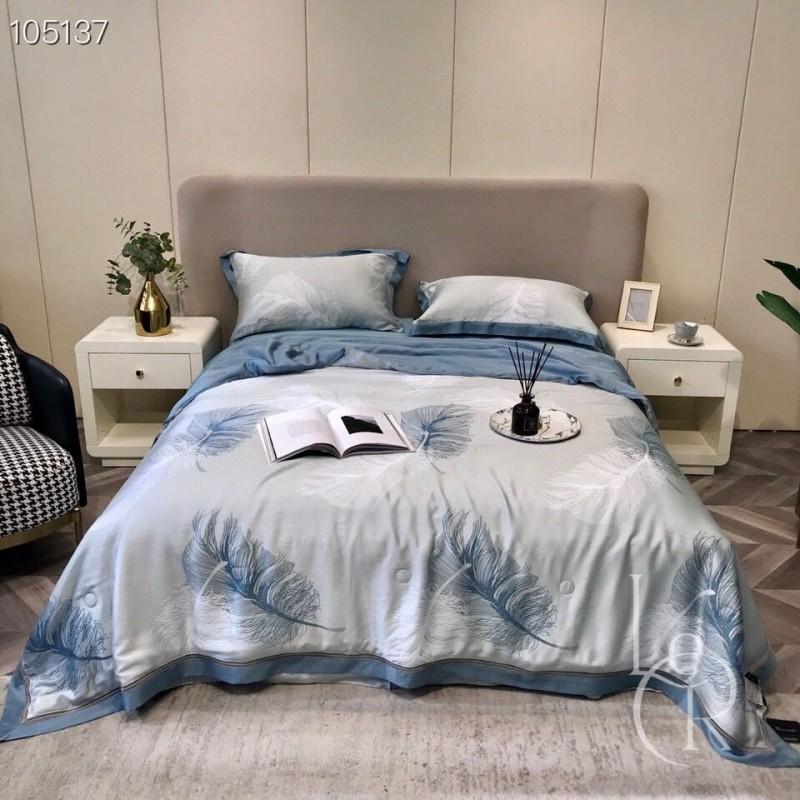 Васильково-синее одеяло из тенселя Левитация