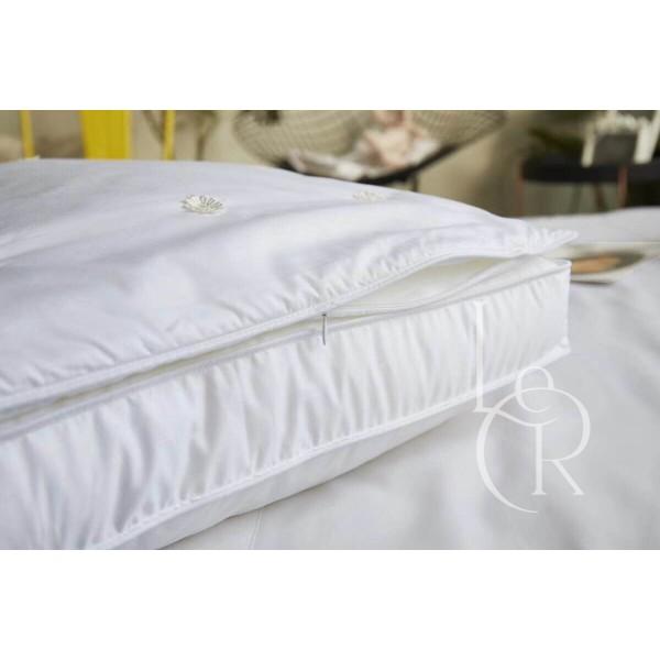 Подушка с наполнителем шелк двойная